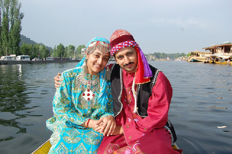 4.A_Kashmiri_couple